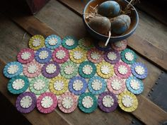 Precut penny rug kit to make for Spring by primitivestitchesmo, $14.00
