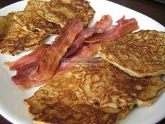 Apple Cinnamon Pancakes - Low Carb