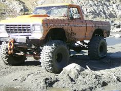 monster mud trucks | Huge Mud Trucks