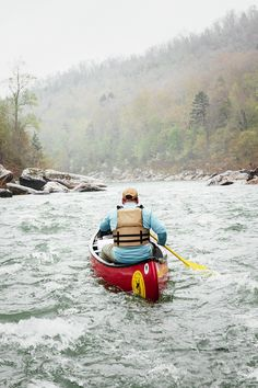 Canoeing Through a No-Escape Gauntlet of Whitecaps and Boulders | Gadget Lab | WIRED