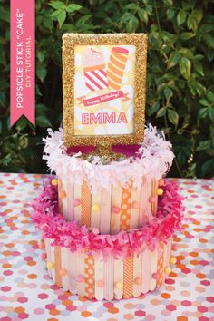 "DIY TUTORIAL: POPSICLE STICK ""CAKE"" CENTERPIECE"