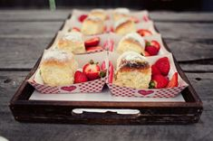 Picnic dessert trays