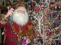 cotton wrapped tree, a San Julian family tradition...