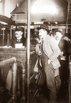 Immigrants at Ellis Island, everyone is an immigrant in this country! !