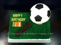 The Coolest Soccer Cake Ever... This website is the Pinterest of birthday cake ideas