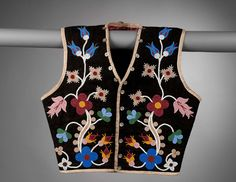 Vest Plains Cree or Plains Ojibwa Beadwork on wool cloth, cotton, metal buttons Width 48.5 x height 48.5 cm c. 1900 Area of Origin: Probably Saskatchewan, Canada