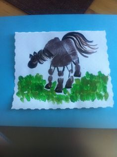 Horse handprint for Father's Day or Grandpa's birthday card! #kidscrafts