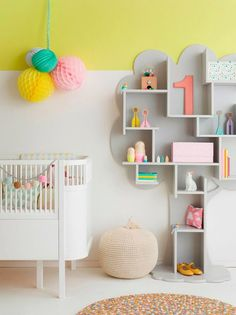 ChicDecó: | crib. tree storage. green/yellow paint.