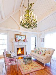 Cottage with shabby chic livingroom