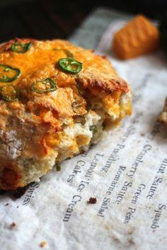 Jalapeño Cheddar Dutch Oven Crusty Bread
