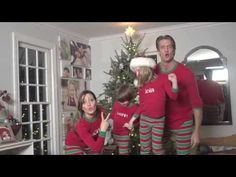 #XMAS JAMMIES - Merry Christmas from the Holderness Family! | The 39 Most Important Viral Videos Of 2013