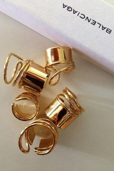 Balenciaga rings balenciaga ring, feet tattoos, jewelleri, fashion, style, gold ring, accessori, balenciaga gold, jewelri