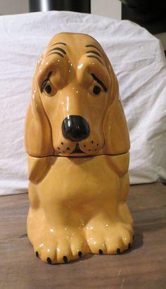 Vintage Dog Cookie Jar - SUPERB condition - Sad face basset hound!