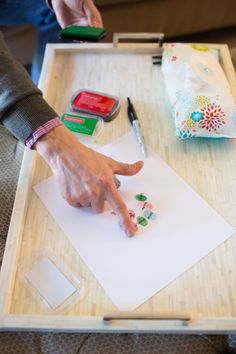 Fun keepsake from party: have guests add their fingerprint to a print that will create a hot air balloon. (Wipes hands off with @The Honest Company wipes, of course!) #socialcircus