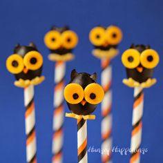 Black Olive Owls  | HungryHappeings.com #CalOliveCrafts #CleverGirls