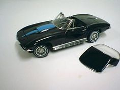Diecast model Franklin Mint - '67 Black Corvette in 1/16 scale $85.00