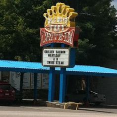 King Tut Drive-In, Beckley, WV. LOVE THIS PLACE!!!!