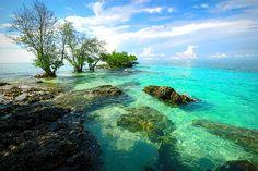 Turquois water, Panikian Island, The Philippines