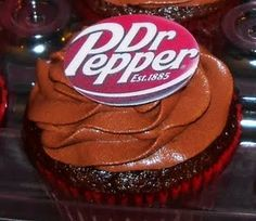Dr. Pepper CupCakes...2 favorites in 1! food, cupcak fun, cupcak recip, pepper flavor, flavor cupcak, gift idea, dr pepper, flavored cupcakes, dessert