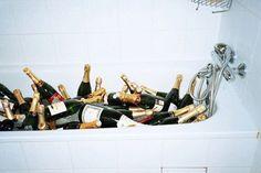 bottl, tubs, bathtub, champagne party, drink