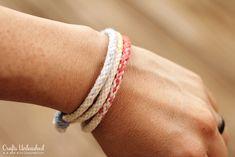 How to Make Ombre Kumihimo Yarn Bracelets