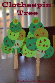 Clothes Pin Christmas Tree for preschoolers. #christmas crafts for kids
