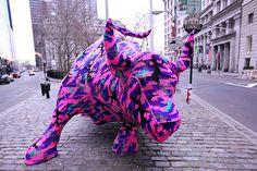 Agata Olek yarn bombing, knitting, crochet, statues, yarns, street art, wall street, yarnbomb, streetart