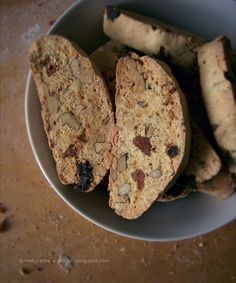 whole wheat biscotti cookies with dried apricots and walnuts!