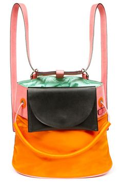 This backpack hits all the right notes –practicality, color-blocking, pep-inducing brightness #r29summerstyle