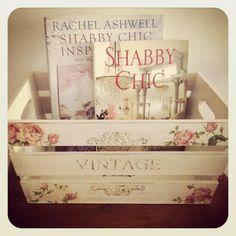 Shabby chic bin decoupaged crates, decoupage decor, shabbi chic, box, decoupage shabby chic, shabby chic decoupage, decoupage ideas, cajas decoupage, wood crate