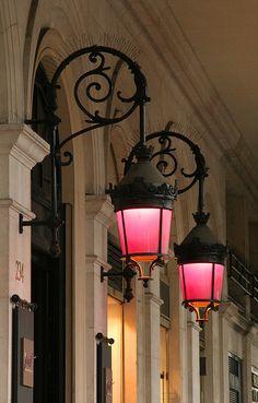 hot hot pink lanterns...