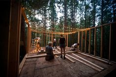 forests, forest party, little houses, dream, ensamblando madera, cabins, buildings, nighttim build, light