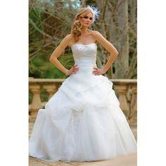 Find classic bridal wedding Dress at $169.95
