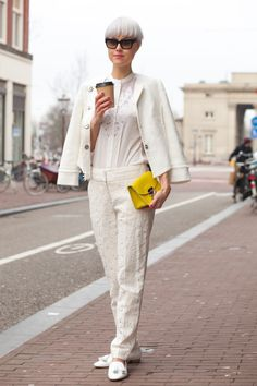 Blogger Linda Tol teamed our white lace trouser & top for a clean, minimal look that's pretty yet sophisticated.