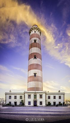 Barra Beach lighthouse - Portugal by oliveiracluis