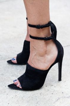 Shoe Stalking: The (50!) Most Awesome Kicks At NYFW