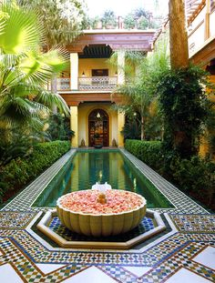 Moroccan style - 1 day, if I could build my own house, one part of the house will look like this <3