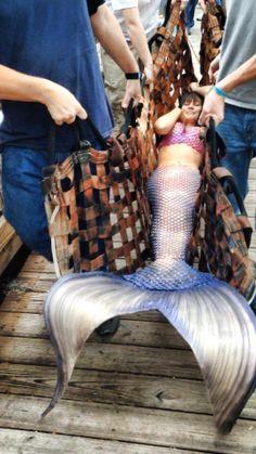 Mermaid Realness — with Kotetitha Tho, Dana Fernanda Zenteno Gonzalez and مصمم الفوتوشوب علي.