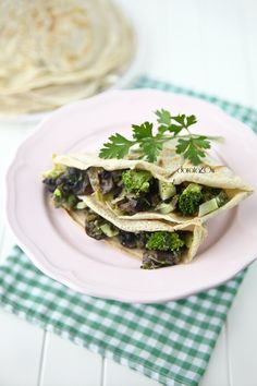 Pancakes with Mushrooms and Broccoli