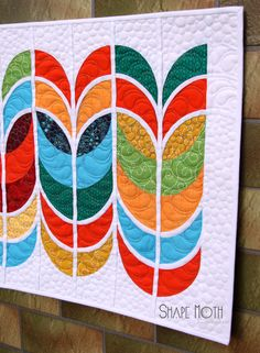 Shape Moth: Wannabe Feathers {Modern Mini Quilt Challenge}