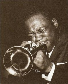 Clifford Brown In the hard living world of jazz, Clifford Brown stood out. Drugs and alcohol didn't interest him, nor was he temperamental. He routinely arrived an hour early for recording dates to clean his horn and ready his mind. And he always seemed to have time for younger players eager for advice. His only vice was chess. On the evening of Monday, June 25, 1956, at the end of a rare day off spent with his wife and infant son, Brown took part in a jam session in Philly. He hadn't wanted to be there but characteristically, was doing a favor for a friend. It was after midnight before Brown and the pianist Richie Powell finished playing. They took off in Powell's new car with Powell's wife, Nancy, at the wheel. It began to rain. Suddenly, the car skidded out of control, flew over an embankment, and turned over. All three were killed instantly. Dizzy Gillespie was about to go on stage at the Apollo when he heard the news. When the curtain rose, most of the men in his band were in tears.