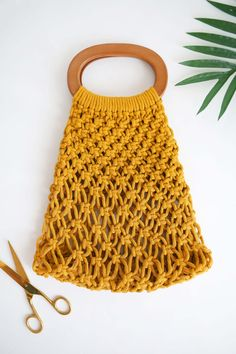 Simple Macrame Handbag Tutorial - A Beautiful Mess