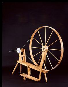 From www.weavingsouthwest.com    Rio Grande spinning wheel.     I love my Rio wheel!