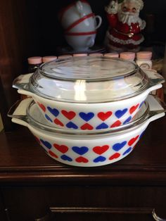 Vintage JAJ English Pyrex hearts casseroles.