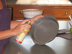 Nonstick cooking spray