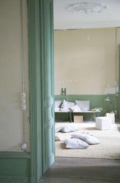 petites nouvelles en image on pinterest atelier france and boutiques. Black Bedroom Furniture Sets. Home Design Ideas