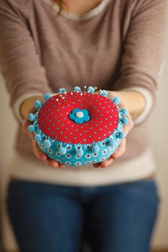 Create a vintage pin cushion using VIVO by SINGER the Create & Repair Machine