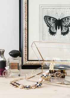 Diy gold frame acrylic jewelry box