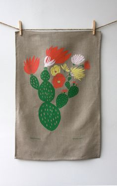 Love this cacti towel on linen #Leah Duncan