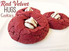 Red Velvet Hugs Cookies....May need to add this to my christmas baking list!!!!